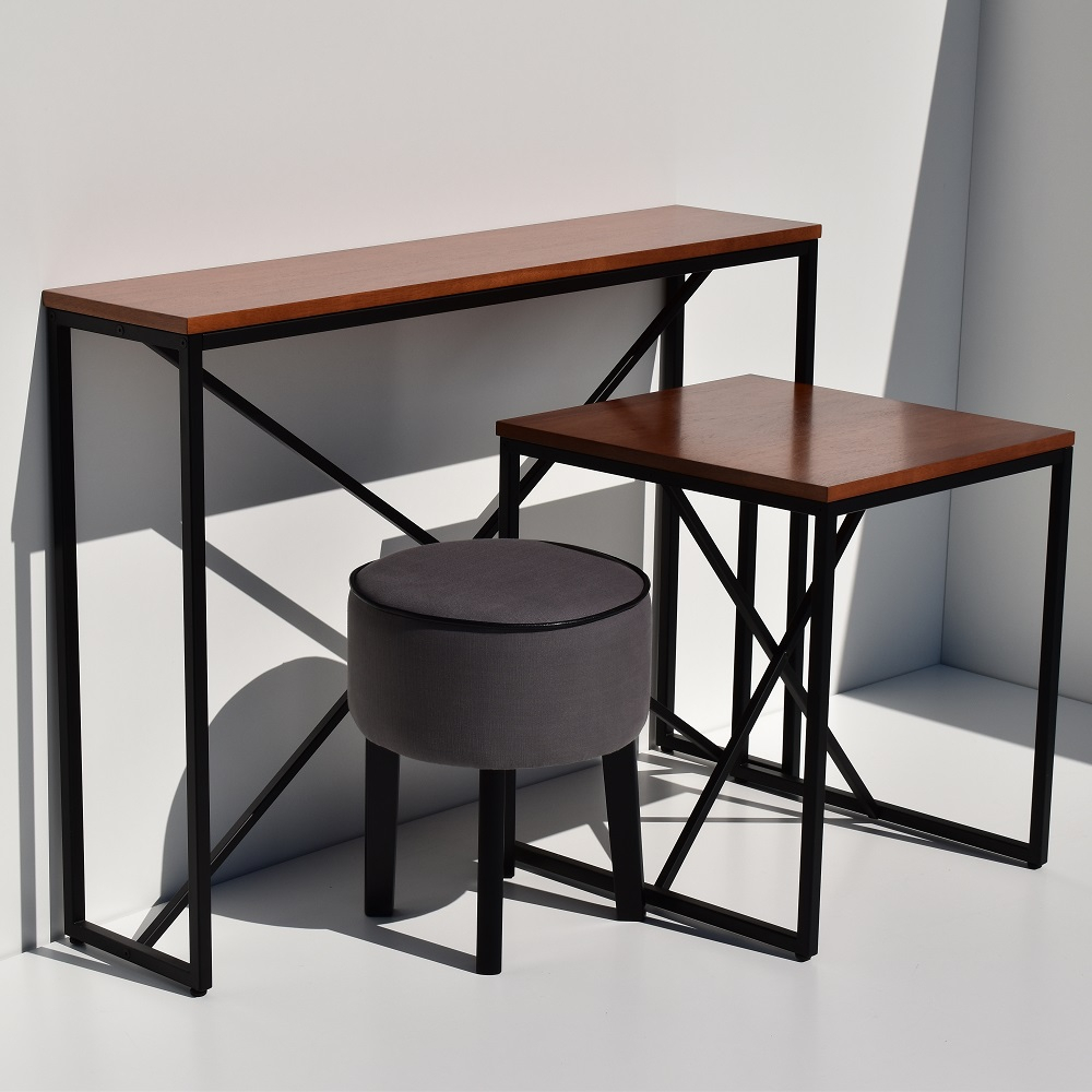 Mesa Lateral Industrial Base Metal Tremarin Design by Studio Marko20