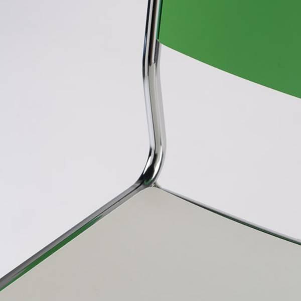 Banqueta Audi Ski Estrutura em Aço Design by Studio Artesian
