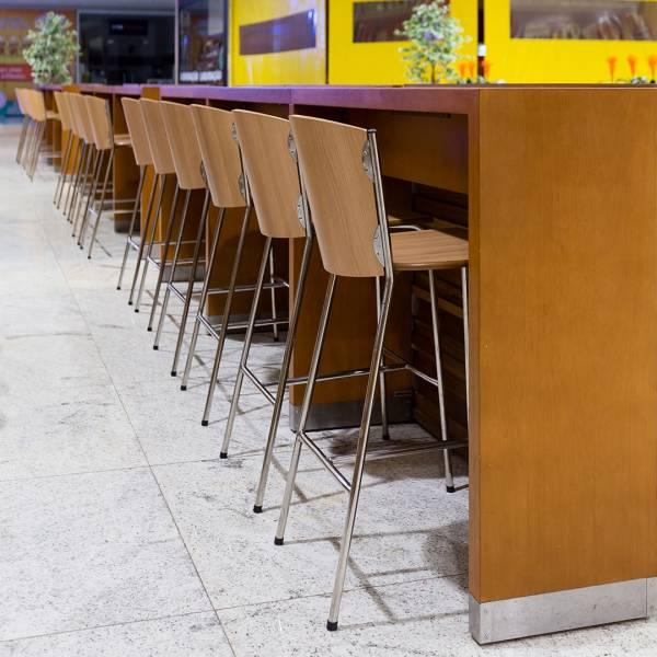 Banqueta Nouveau Estrutura em Aço Design by Studio Artesian