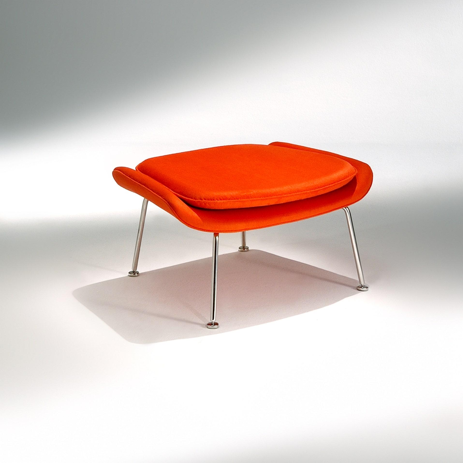 Banqueta Berger Saarinen Estrutura Aço Inox Studio Mais Design by Eero Saarinen