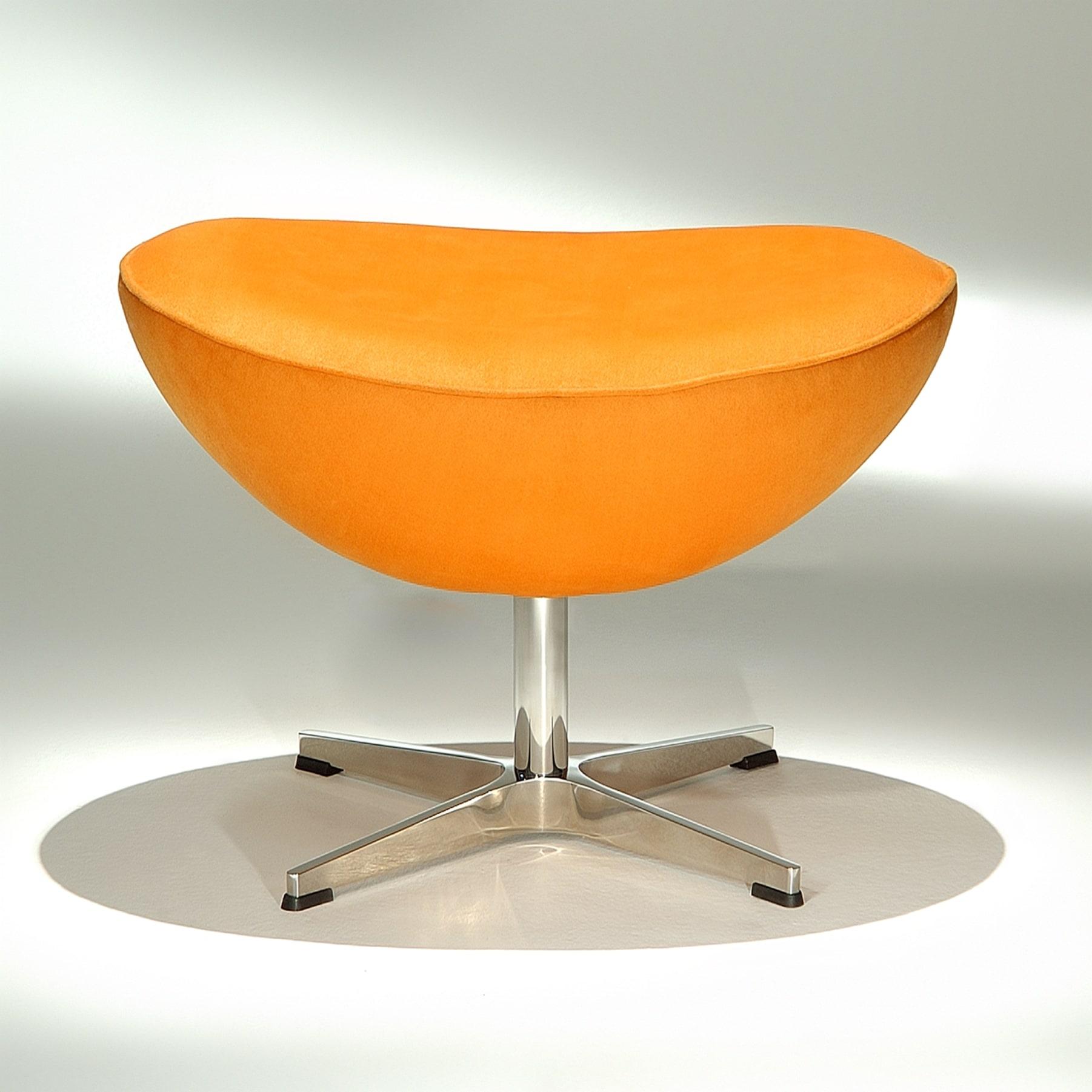 Banqueta The Egg Studio Mais Design by Arne Jacobsen