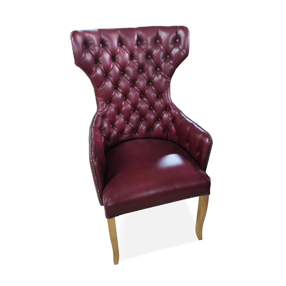 Cadeira Berger em Capitone com Tachas e Tecidos Personalizáveis
