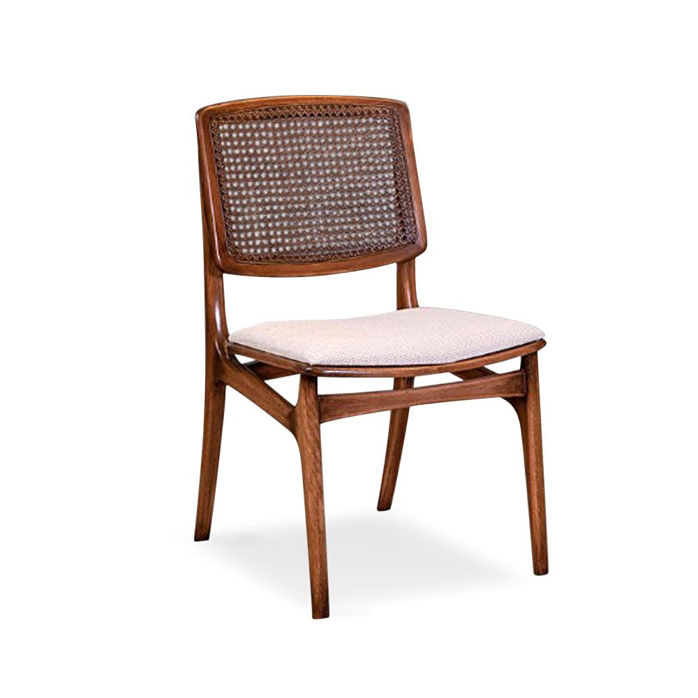Cadeira Edir Madeira Maciça Design Clássico Avi Móveis