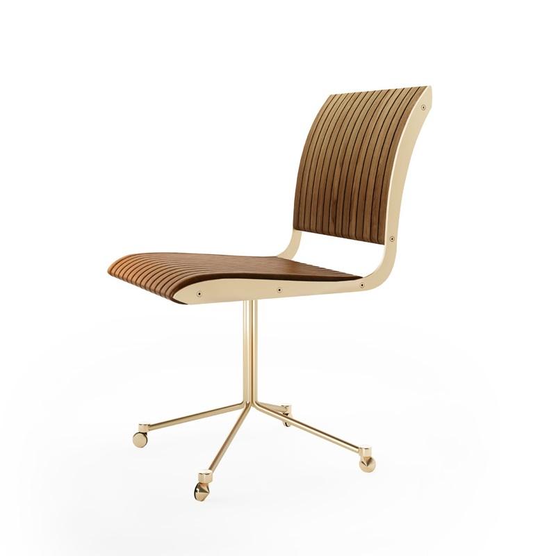 Cadeira Falx Office Estofada e Madeira Maciça Jequitibá Rodízios Coleção Bari Tremarin Design by Fernando Sá Motta
