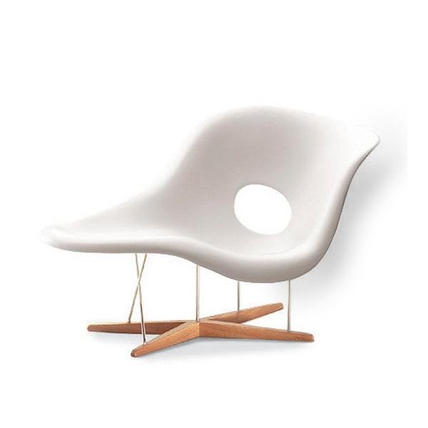 Chaise La Chaise Fibra de Vidro Estrutura Madeira e Aço Inox Cremon Design by Charles & Ray Eames