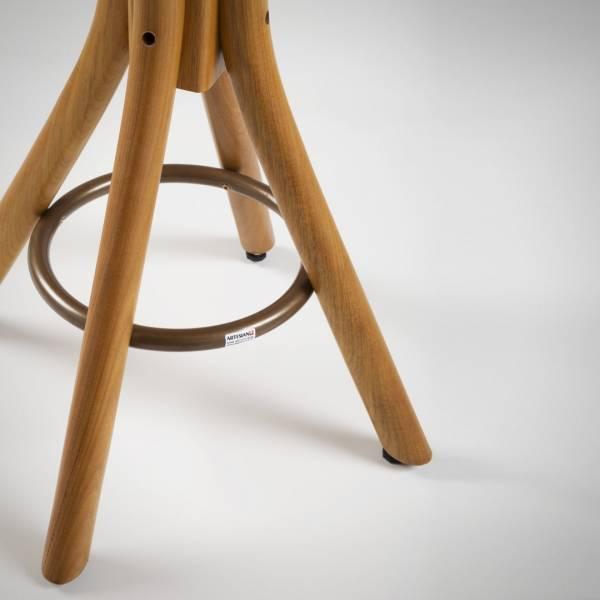 Mesa Carpenter Quadrada Estrutura Madeira Maciça Design by Studio Artesian