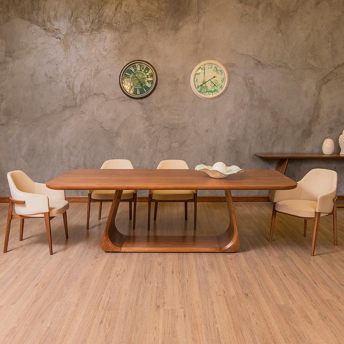 Mesa de Jantar Golf Madeira Maciça Design Clássico Avi Móveis