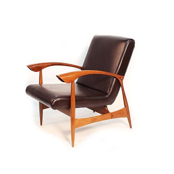 Poltrona Anos 50 Estrutura Madeira Ipê Cremon Design by Anos 50