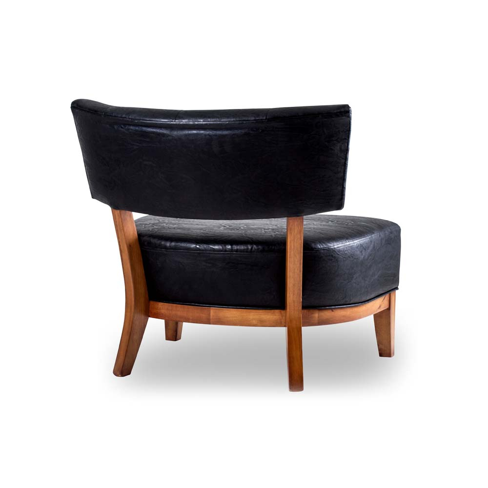 Poltrona Rimma Madeira Maciça Design Clássico Avi Móveis