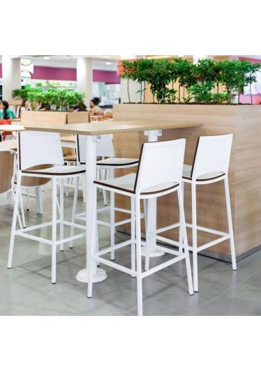 Banqueta Forma Estrutura em Aço Design by Studio Artesian