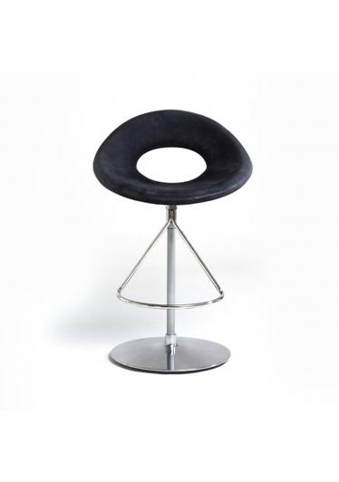 Cadeira Heros Bar Design by Studio Clássica