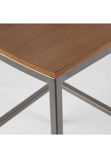 Banqueta Mitte Estrutura em Aço Artesian Design by Fetiche Design Studio