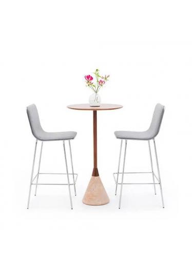 Cadeira Tobogã Bar Studio Clássica Design by ,Ovo