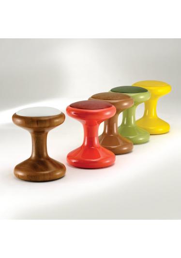 Banqueta Spool Design by Studio Mais