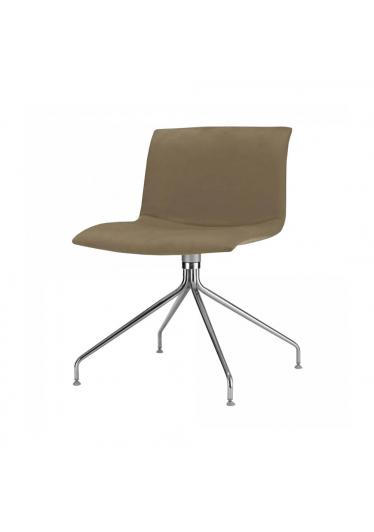 Cadeira Delta Girat. 4 Pés Studio Clássica
