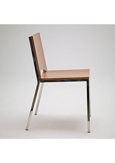 Cadeira Forma Estrutura em Aço Design by Studio Artesian