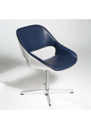 Cadeira Giratória Mooi Base Cruz Design by Studio Clássica
