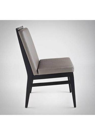 Cadeira Prime II PB Estrutura Madeira Maciça Design by Studio Artesian