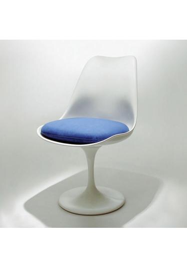 Cadeira Saarinen Almofada Studio Clássica Design by Eero Saarinen