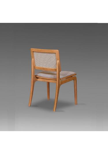 Cadeira Tereza Madeira Maciça Design Clássico Avi Móveis