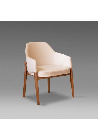 Cadeira Well Estofada Madeira Maciça Design Clássico Avi Móveis