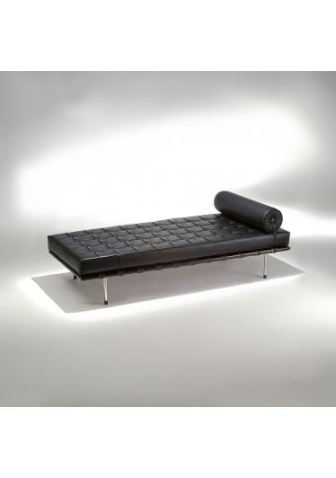 Chaise Couch Barcelona Madeira e Aço Inox Studio Mais Design by Mies Van Der Rohe
