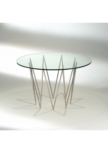 Mesa de Jantar Queenie Tampo Vidro Cristal Studio Mais Design by Studio Nada se Leva