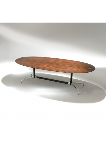 Mesa de Jantar Segmentada Oval 2 Colunas Alumínio Polido e Aço Pintura Preta Studio Mais Design by Charles e Ray Eames
