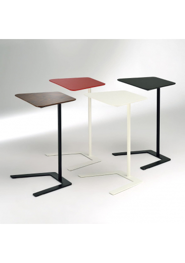 Mesa Lateral Pad Estrutura Aço Carbono Pintura Epoxi Design by Studio Mais