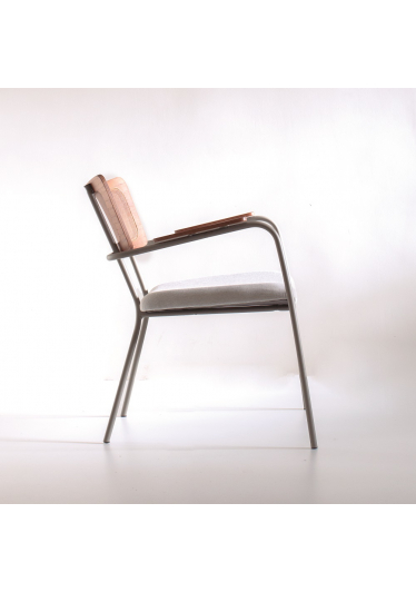 Poltrona Greta Tela Natural e Estofada Design Contemporâneo Design by Estúdio Casa A
