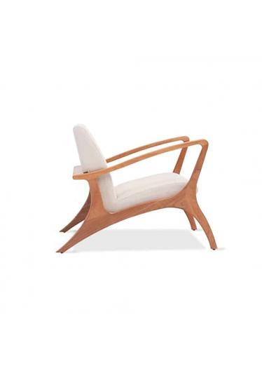 Poltrona Megan Estrutura Madeira Design Atemporal e Moderno Casa A Móveis