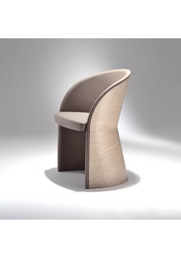 Poltrona Gap Estrutura Multilaminado Design by Studio Mais