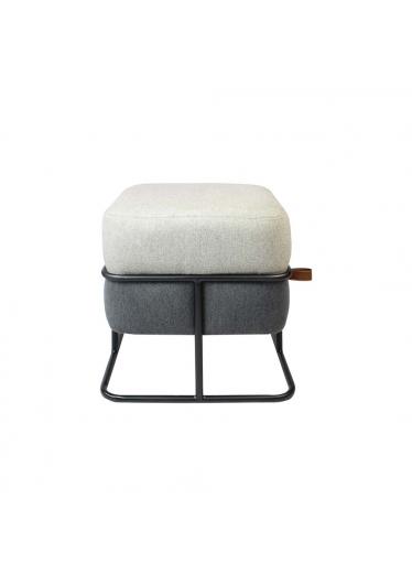 Puff Cookie Quadrado Estofado Base Aço Carbono Design Minimalista