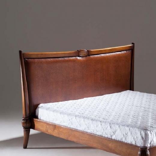 Cabeceira de Cama Astral Madeira Maciça Design Clássico Avi Móveis