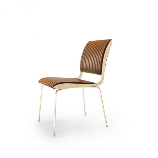 Cadeira Falx Estofada Coleção Bari Tremarin Design by Fernando Sá Motta