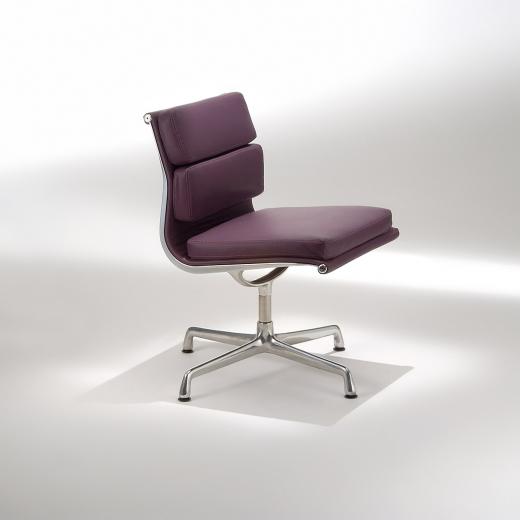 Cadeira EA205 Soft Base em Alumínio Studio Mais Design by Charles e Ray Eames