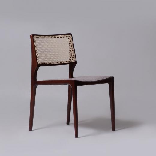 Cadeira Paglia Madeira Maciça Design by Studio Mais