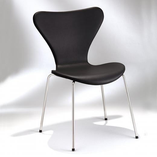 Cadeira Série 7 Estrutura Aço Inox Studio Mais Design by Arne Jacobsen