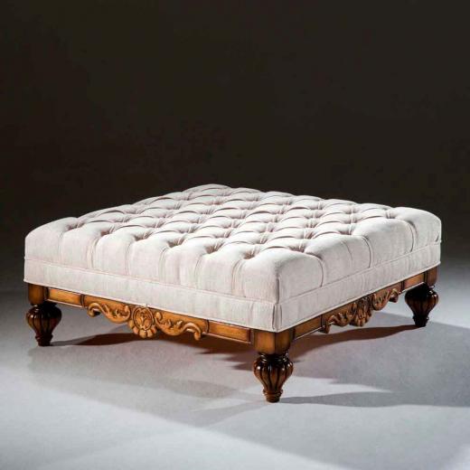 Puff Luxo Madeira Maciça Design Clássico Avi Móveis